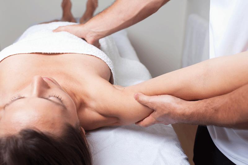 masaje en estiramientos